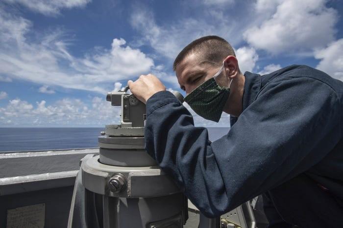Mỹ điều tàu đến Trường Sa, không để Trung Quốc chiếm Biển Đông - ảnh 2