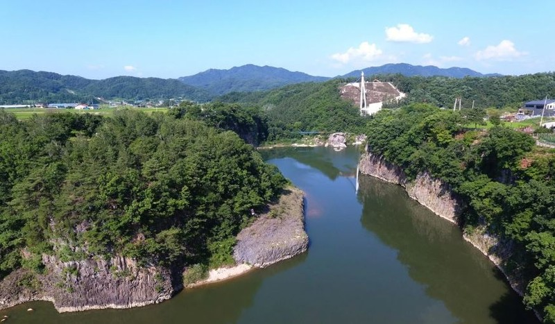 Bơi sông trốn qua Hàn, 3 năm sau bơi về lại Triều Tiên - ảnh 2