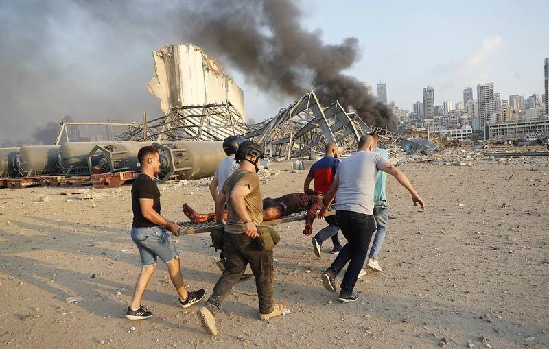Nổ ở Beirut khủng khiếp tới nỗi nhà báo tưởng nổ bom nguyên tử - ảnh 2