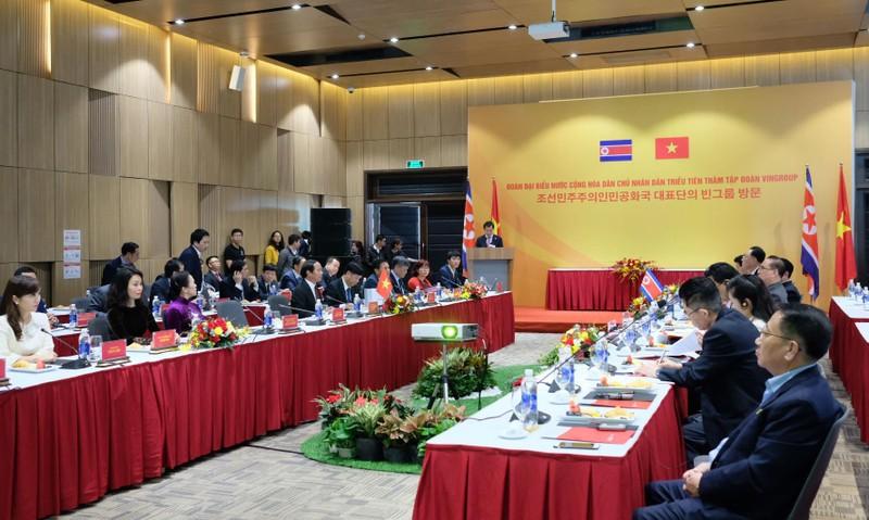 Đoàn đại biểu Triều Tiên thăm Tổ hợp sản xuất ô tô Vinfast - ảnh 3