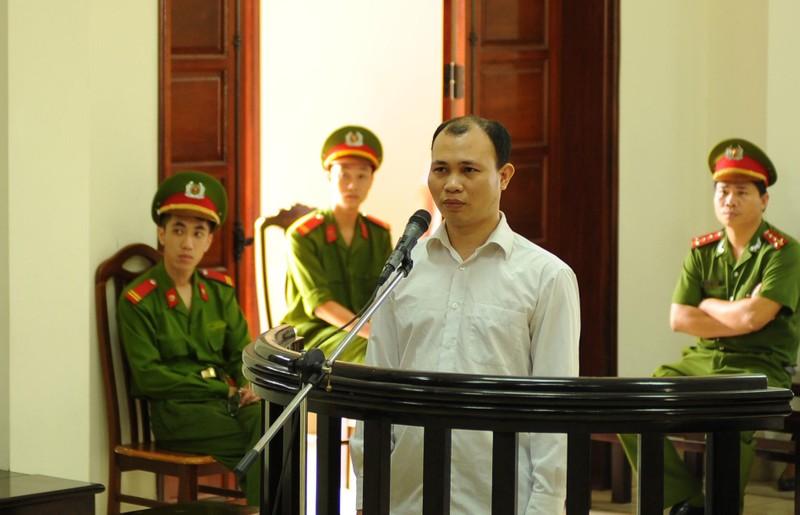 Vụ cướp đò trên sông Ka Long: Bị cáo muốn đổi thẩm phán - ảnh 1