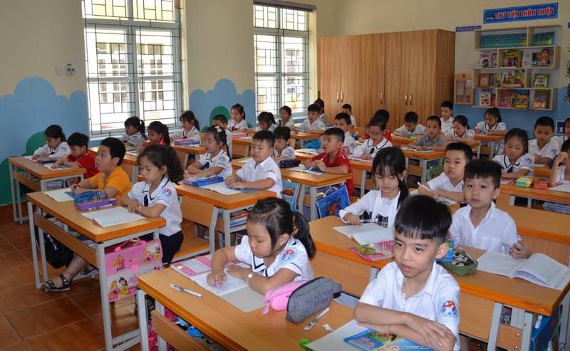 Quảng Ninh cho học sinh đi học trở lại từ 2-3 - ảnh 1