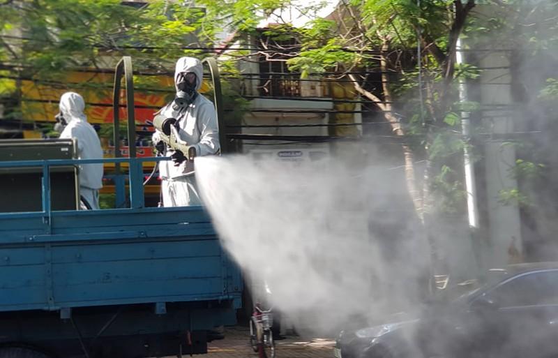 Hải Phòng phun khử trùng chống dịch các đường nội thành - ảnh 2