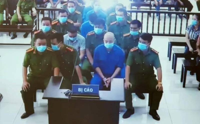 Thêm 2 đàn em Đường 'nhuệ' bị khởi tố vì 'làm luật' đám ma - ảnh 1