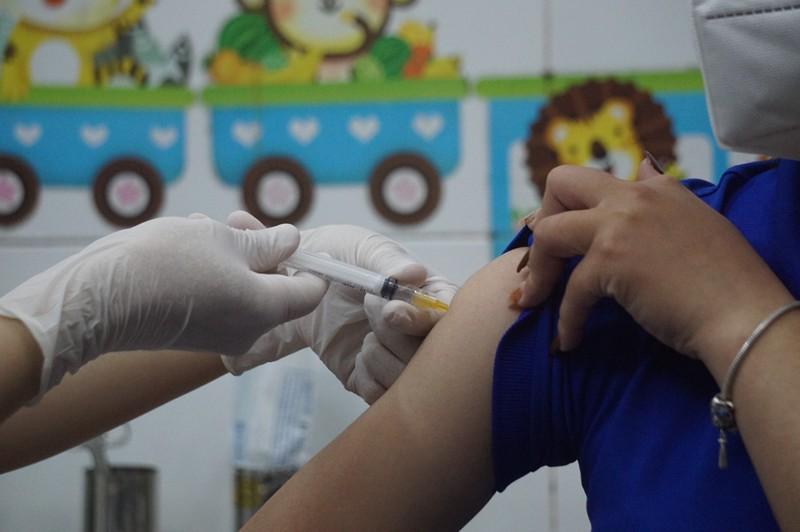 Hải Phòng đề nghị Bộ Y tế hỗ trợ 2 triệu liều vaccine Sinopharm  - ảnh 2