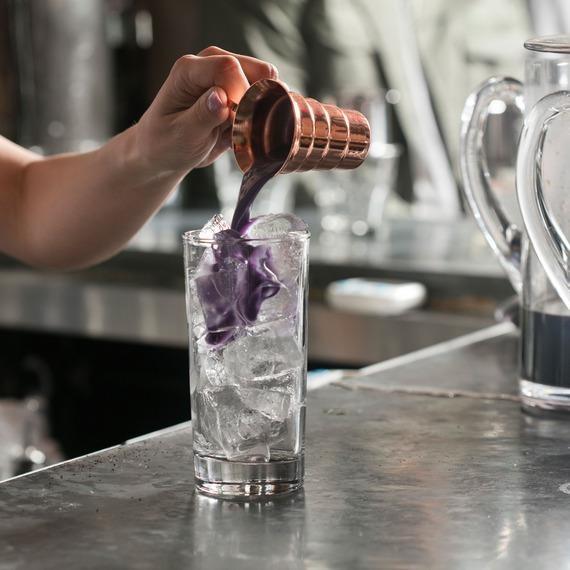 Nữ doanh nhân mở quán cà phê 'độc, lạ' Việt Nam ở New York  - ảnh 2