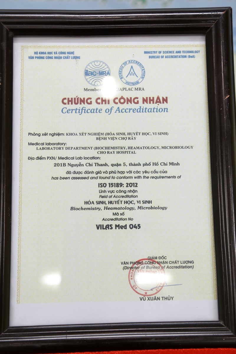 BV Chợ Rẫy nhận chứng chỉ chất lượng ISO đầu tiên ở phía Nam - ảnh 2