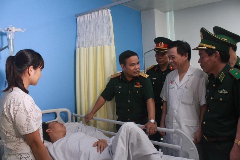 Cập nhật thông tin về 2 chiến sĩ bị bắn khi vây bắt ma túy - ảnh 1