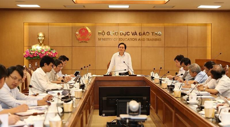 Bộ trưởng Nhạ: Phải có SGK tốt nhất cho chương trình mới - ảnh 1