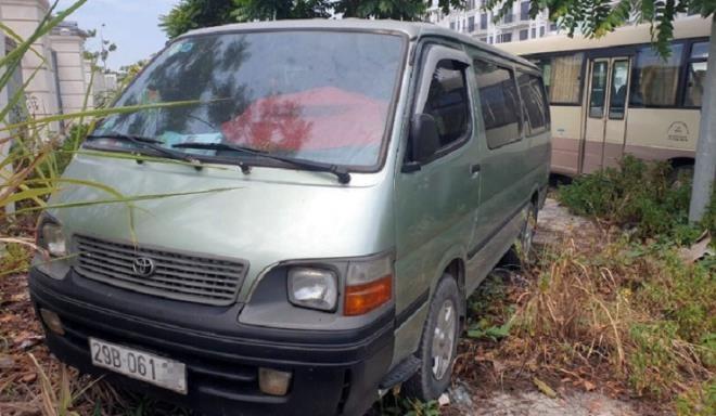 Hà Nội: Học sinh lớp 4 bị bỏ quên trên xe đưa đón - ảnh 1