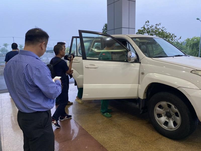 Chuyến bay đặc biệt đón 120 người Việt nhiễm COVID đã cất cánh - ảnh 3