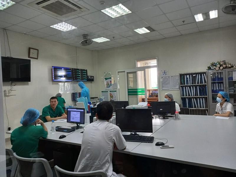 BV Bệnh nhiệt đới TW trước giờ đón 120 bệnh nhân COVID-19 - ảnh 2