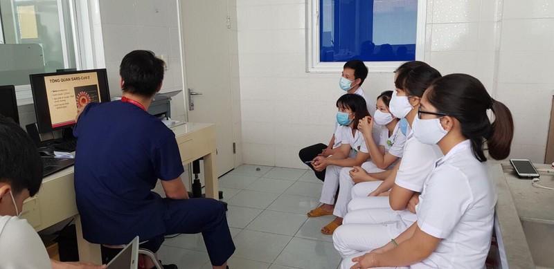 Chi viện chuyên gia điều trị, xét nghiệm cho Huế, Quảng Nam - ảnh 1