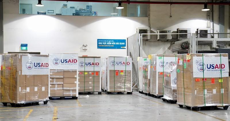 Hoa Kỳ trao tặng Việt Nam 100 máy thở trị giá 1,7 triệu USD - ảnh 4