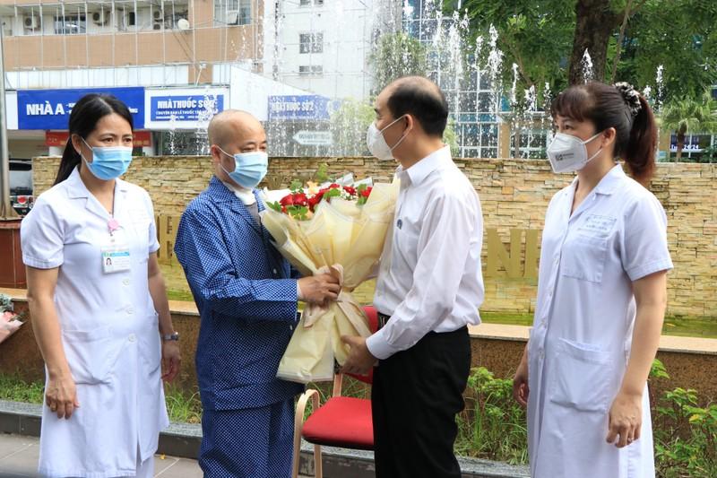 50 ngày chiến đấu thoát chết thần kỳ của bệnh nhân COVID-19 từng chạy ECMO - ảnh 2