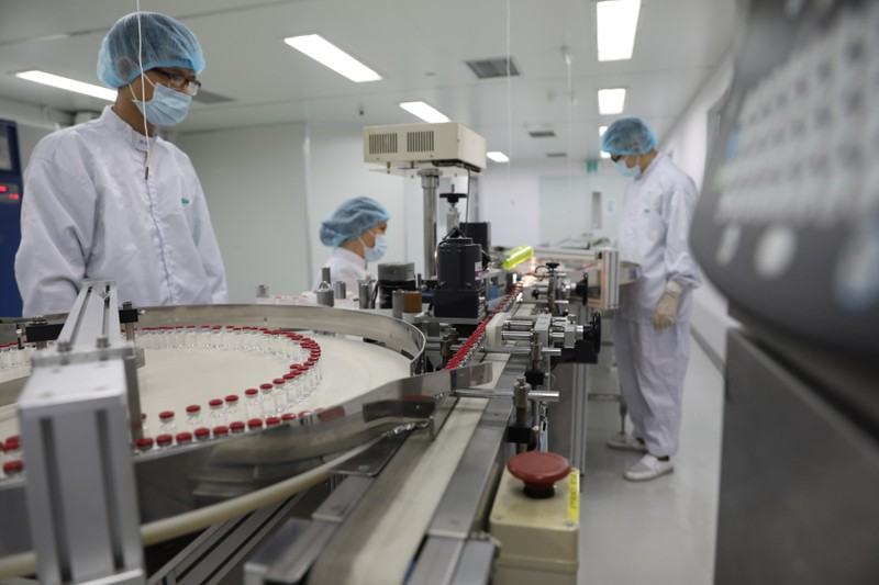Việt Nam sản xuất thành công lô Vaccine Sputnik V đầu tiên - ảnh 1