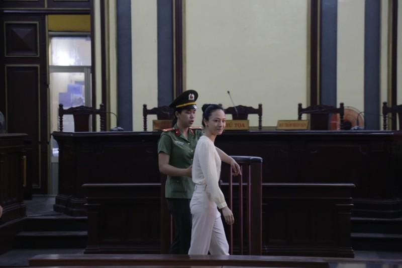 Hoa hậu Phương Nga khai hợp đồng tình ái trị giá 17 tỉ - ảnh 3