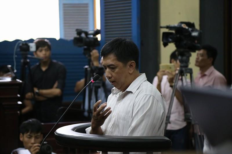VN Pharma: Bị cáo căng thẳng với câu hỏi của thẩm phán - ảnh 2