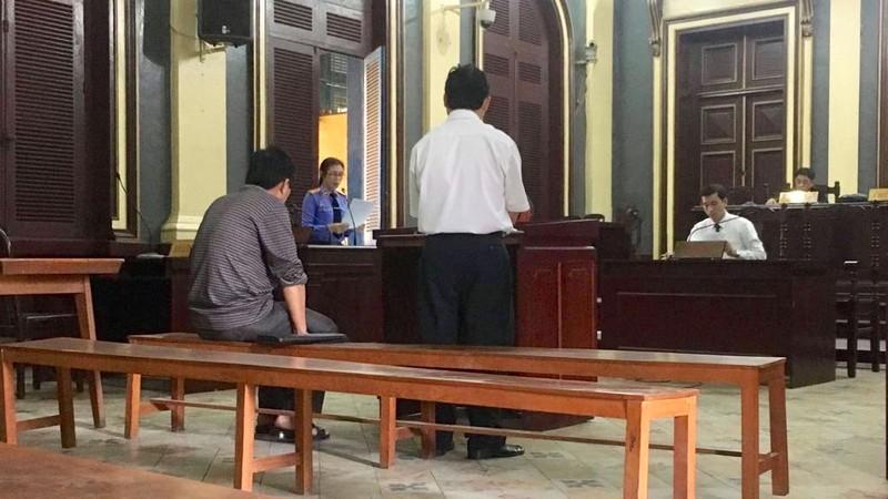 Chủ tịch xã lãnh án tù vì tiếp tay 'cò' đất - ảnh 1