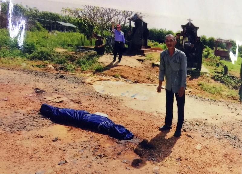 Cuồng ghen, chồng giết vợ đem xác ra nghĩa trang phi tang - ảnh 1