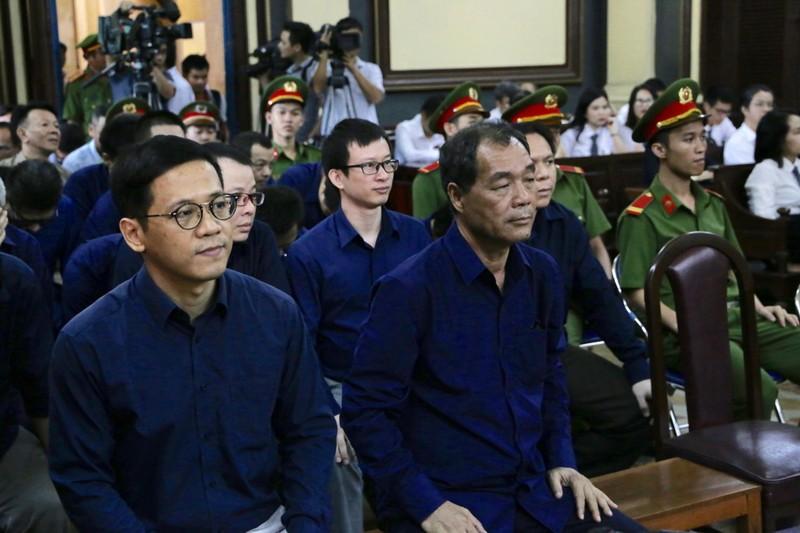 Tòa tuyên án: Trầm Bê nhận án nhẹ, không thu hồi 6.000 tỉ - ảnh 1