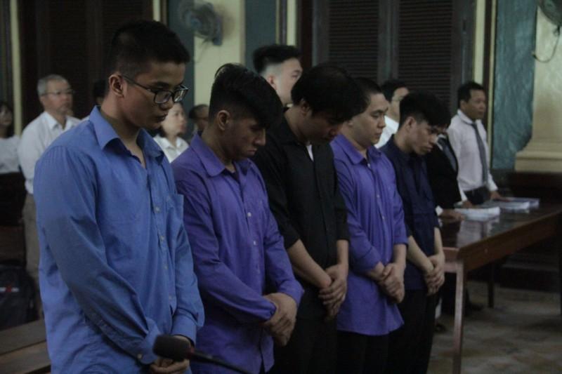 12 năm tù cho cựu CSGT gọi giang hồ đánh chết người - ảnh 1