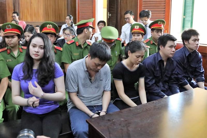 Trước giờ tuyên án 'trùm' Văn Kính Dương và hot girl Ngọc Miu - ảnh 2