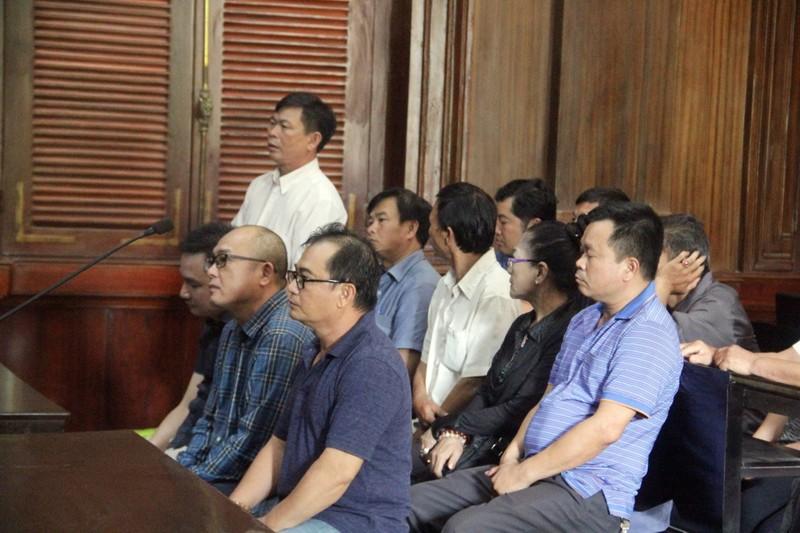 Các cựu công an ký khống giấy tờ bị VKS truy trách nhiệm - ảnh 1
