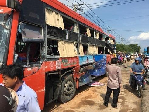 Hành khách bị tai nạn cưa mất 1 chân khởi kiện nhà xe  - ảnh 1
