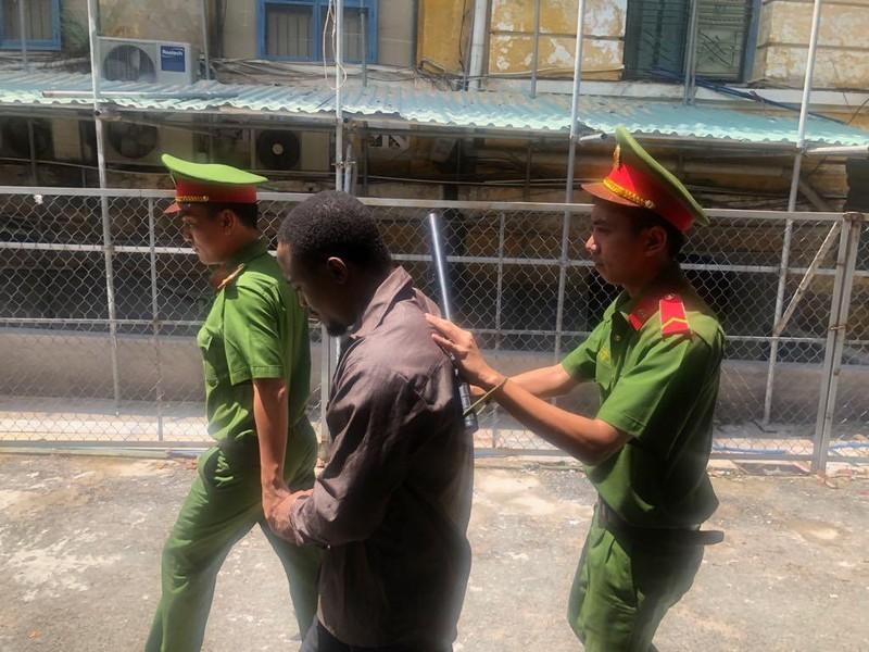 Một phụ nữ Việt thoát án từ 'bẫy tình tiền' của trai ngoại - ảnh 1
