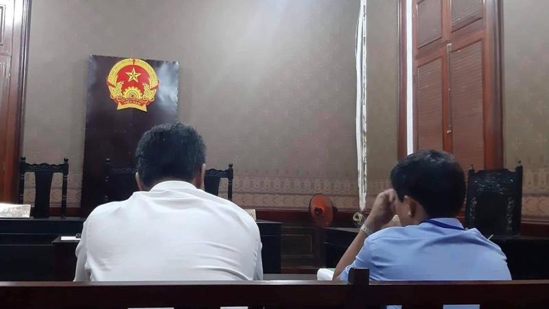 Chuyên viên Văn phòng UBND TP.HCM bị tòa bác đơn - ảnh 1