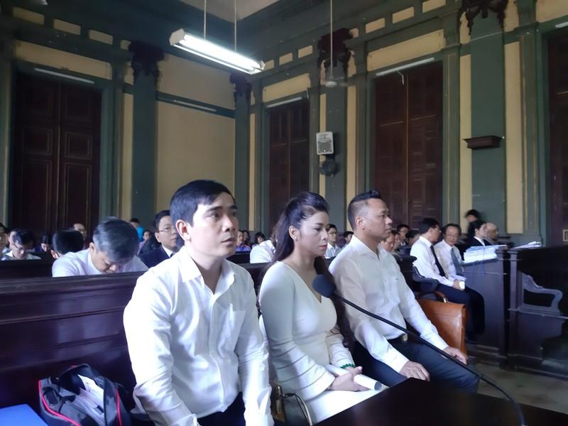 Vì sao bà Lê Hoàng Diệp Thảo đề nghị tòa xử kín vụ ly hôn? - ảnh 1