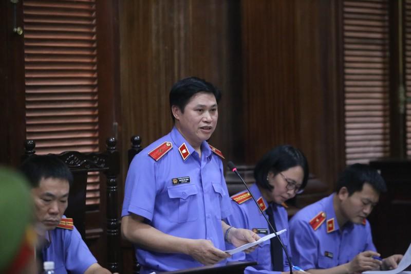 Vụ ông Nguyễn Hữu Tín: 'Người có chức vụ bé nhất lại đúng' - ảnh 2