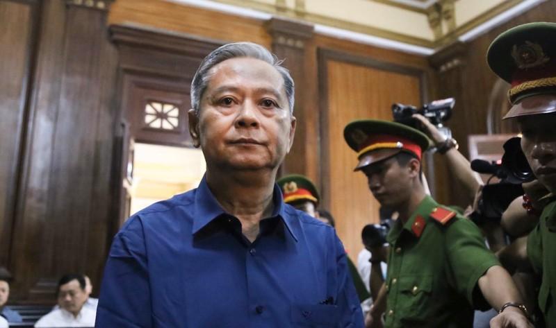 Ông Nguyễn Hữu Tín vắng mặt tại phiên xử ngày mai - ảnh 1