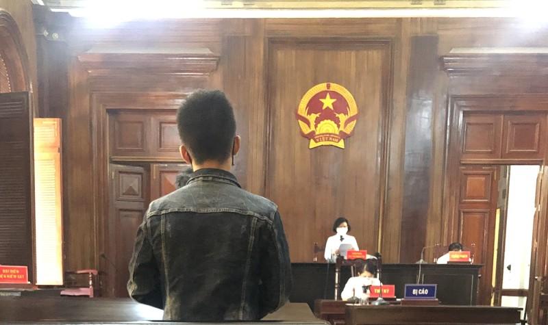 Tòa tuyên 9 tháng nhưng bản án ghi thành 9 năm tù - ảnh 1