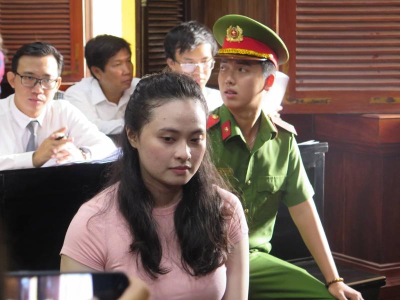 Ngày mai, Văn Kính Dương và hotgirl Ngọc Miu hầu tòa - ảnh 2