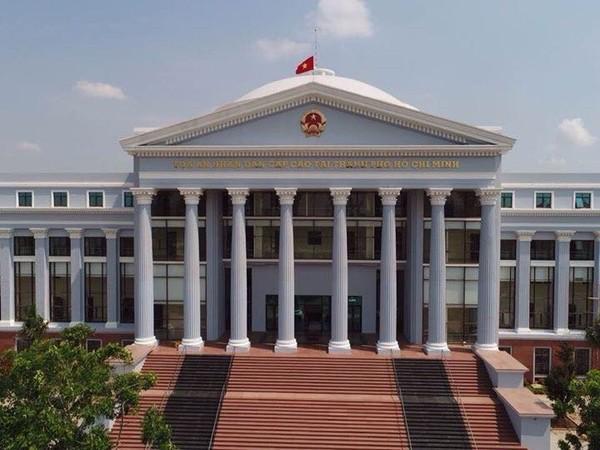 Tòa Cấp cao tại TP.HCM kháng nghị vụ vợ bị đơn định nhảy lầu - ảnh 1