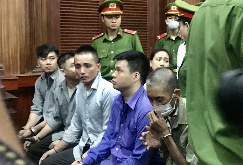 Tạm dừng phiên xử sau khi Văn Kính Dương im lặng với luật sư - ảnh 2