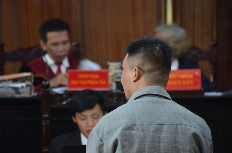 Tạm dừng phiên xử sau khi Văn Kính Dương im lặng với luật sư - ảnh 1