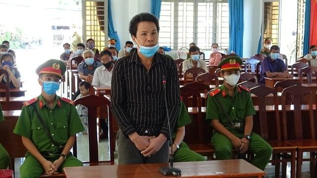 Lãnh 7 năm tù vì đưa 4 người Trung Quốc nhập cảnh trái phép  - ảnh 1