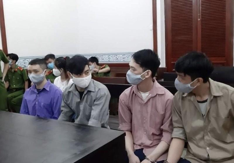 2 người Trung Quốc lãnh án vì cho vay nặng lãi bằng phần mềm - ảnh 1