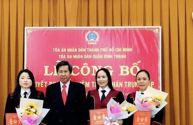 Bổ nhiệm nhiều thẩm phán tại TAND quận Bình Thạnh, TP.HCM - ảnh 1