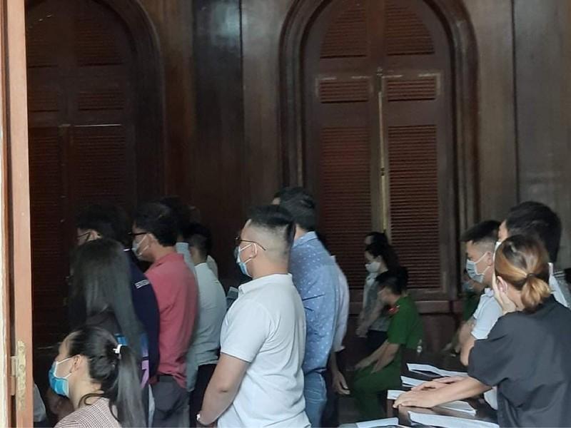 Nhiều người nước ngoài hầu tòa vì tổ chức đánh bạc trá hình  - ảnh 1