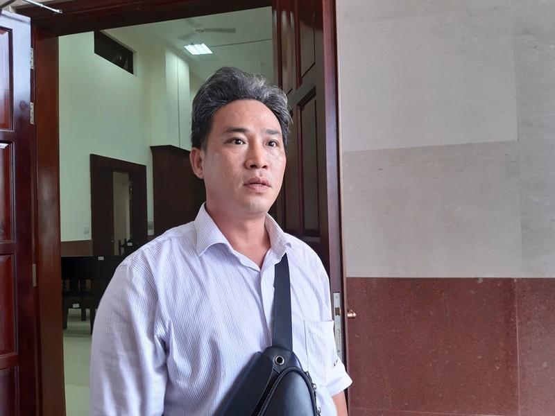 Chuyên viên Văn phòng UBND TP.HCM bị tòa bác kháng cáo  - ảnh 1