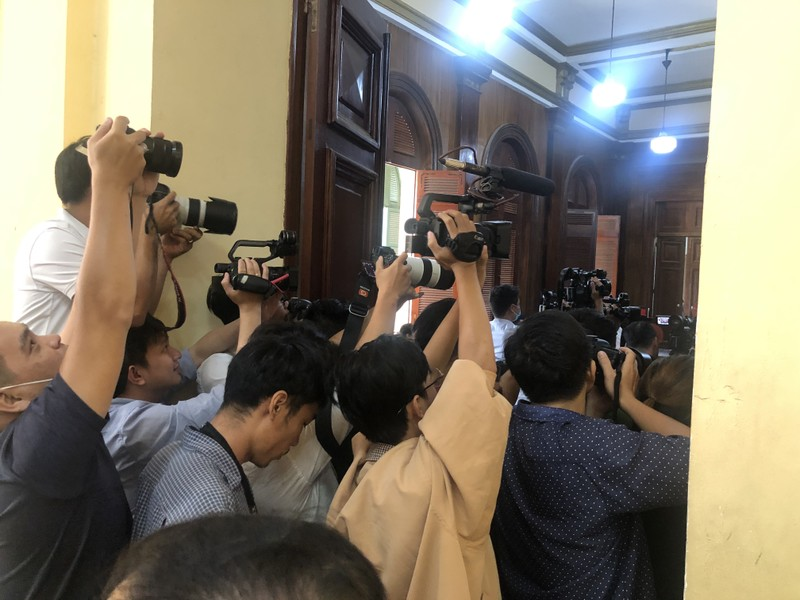 Cựu phó chủ tịch Nguyễn Thành Tài bị phạt 8 năm tù - ảnh 3