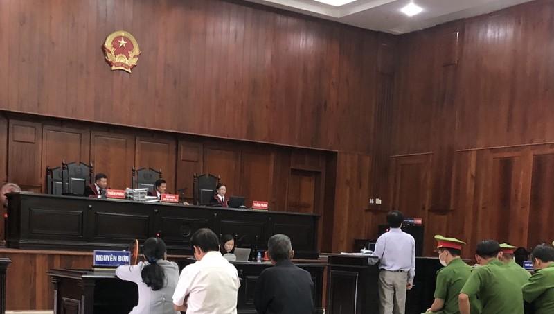 Thẩm phán, thư ký cấp sơ thẩm được triệu tập xin vắng mặt  - ảnh 1