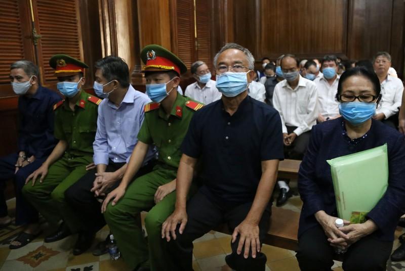 Đại gia Bạch Diệp và ông Nguyễn Thành Tài sắp hầu tòa - ảnh 1