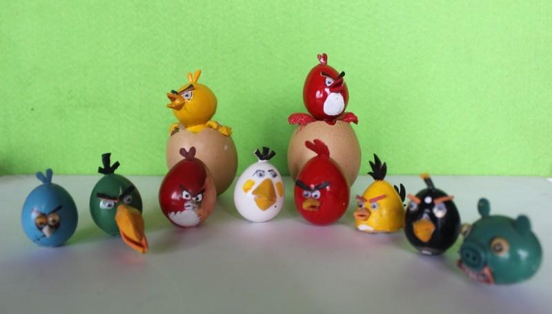 Nghệ nhân làm gà bằng vỏ trứng để chúc tết - ảnh 9