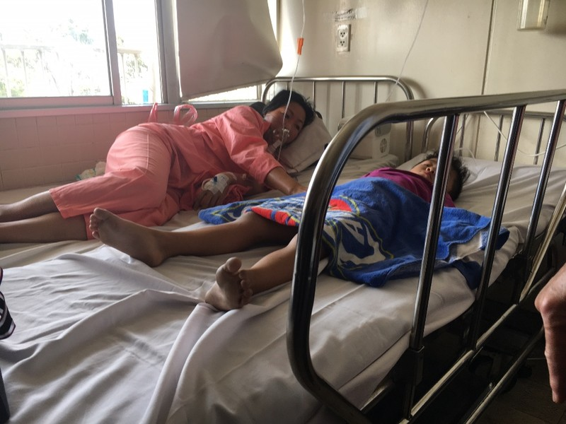 Phó Thủ tướng đến BV thăm các nạn nhân vụ cháy Carina  - ảnh 4
