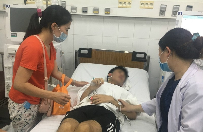 Lần đầu tiên Việt Nam ghép tạng xuyên Việt cho trẻ em - ảnh 5